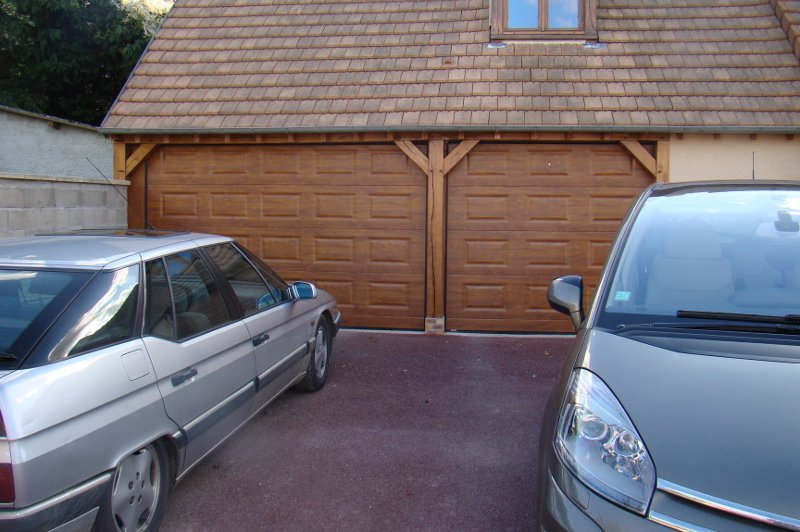 Installation porte de garage normandie ile de france for Double porte de garage